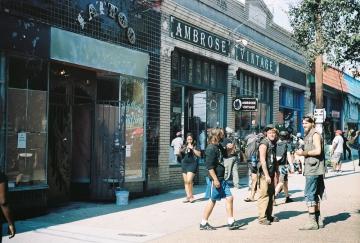 Ambrose Vintage Clothes - 2
