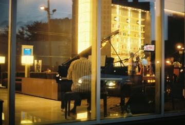 Lounge Pianist