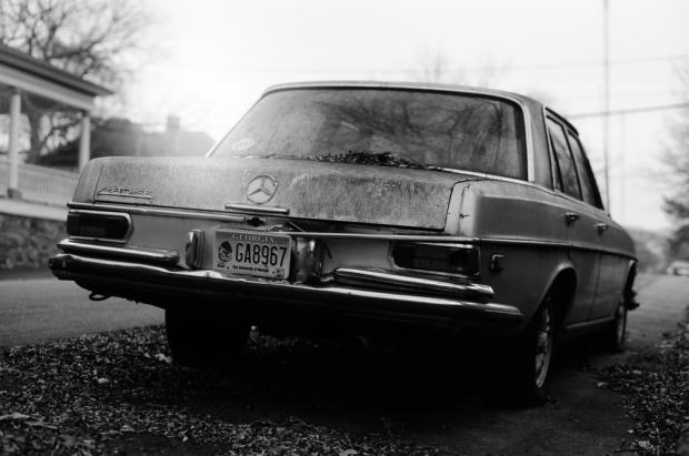 Pentax Spotmatic II, Helios-44M-4 58/2, Kodak TMax 100. Auto tone enhancement in PS.
