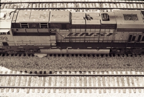 BNSF Locomotive (medium size)